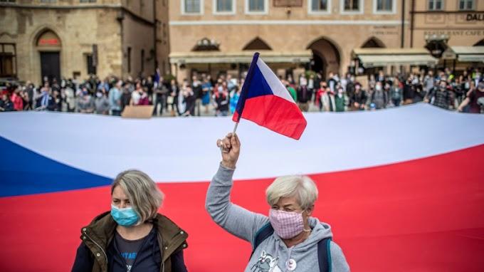Választhatnak majd a cseh nők, akarnak-e -ovák lenni