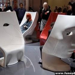 Diseño de sillón con mucho ingenio y creatividad en forma de rostro
