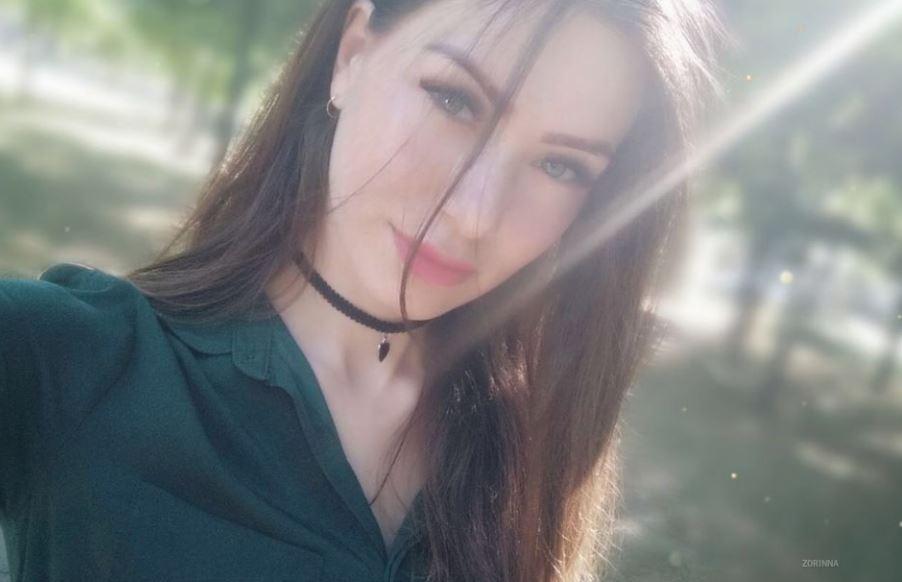 https://www.glamourcams.live/chat/Zorinna