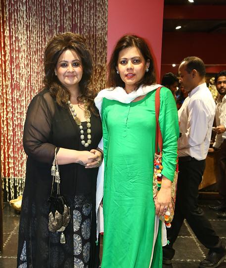 Tarot Card Reader Poonam Sethi & Shahana Mukherjee
