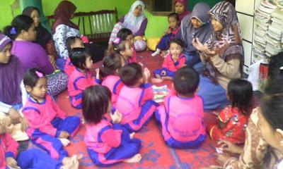 Cara Menanamlan Sikap Peduli Pada Anak Usia Dini