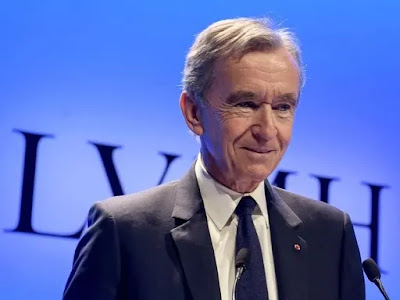 Arnault Tops Gates to Become World's Second-Richest Person