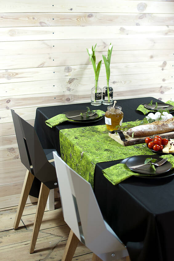 Runners tablecloth