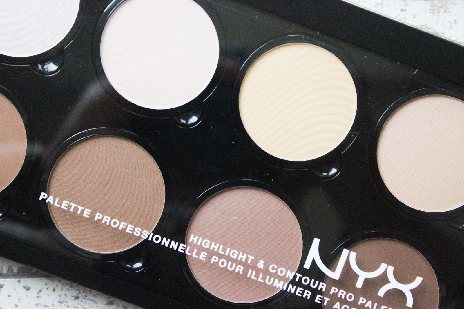 NYX HIGHLIGHT & CONTOUR PRO PALETTE SWATCHES DARK SKIN CONTOUR KIT REVIEW NC50 DISCOVERIES OF SELF BLOG NATALIE KAYO BEAUTY