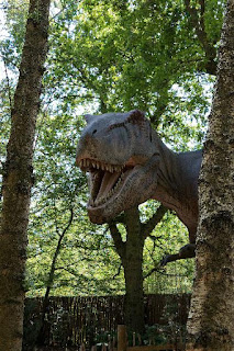T-rex was mentioned in three recent articles of poor research evop0rn. It looks like secularists pushed evolution rather than doing science.