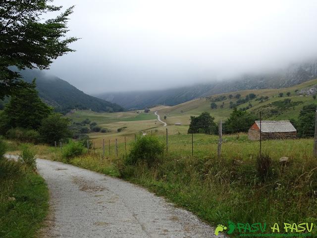 Ruta del Valle del Lago: Vista atrás del Valle