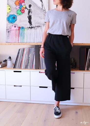 Un Pantalon Fluide Noir (patron issu de BurdaStyle 2019) par m Gg++