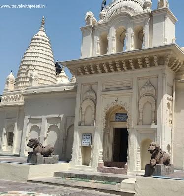भगवान शांतिनाथ जैन मंदिर खजुराहो - Lord Shantinath Jain Temple Khajuraho