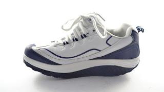 scarpa da ginnastica con suola basculante