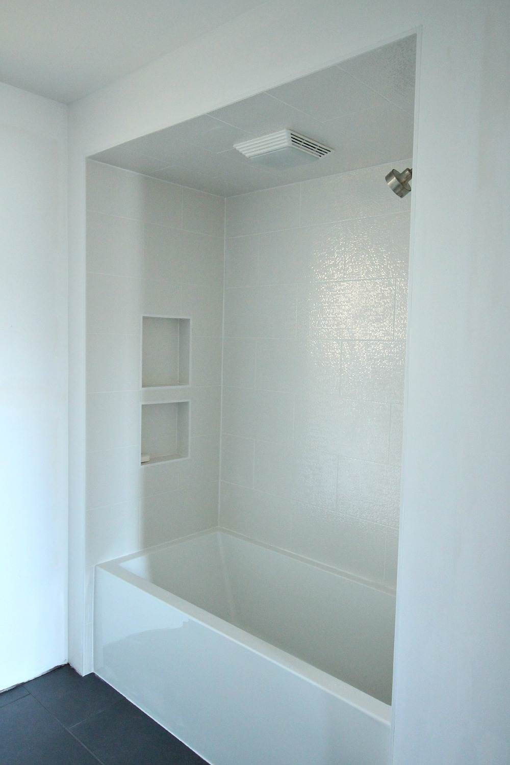 Sparkly white tub surround tile