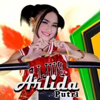Download Lagu Dangdut Tik Tok Terbaru Arlida Putri - Lagi Manja
