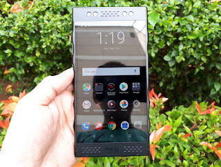RED Hydrogen One 4G LTE RAM 6GB 3D Holographic Camera Video