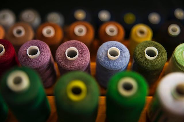 Thread consumption garment