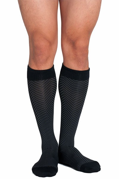 65b8e9cb63 There is reinforcement at both the heal and ankle. Fit and sizing. The Soxxy  men's Herringbone compression socks are ...