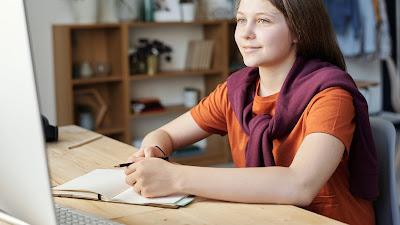 Manfaat dan Kerugian Pendidikan Virtual (Daring)