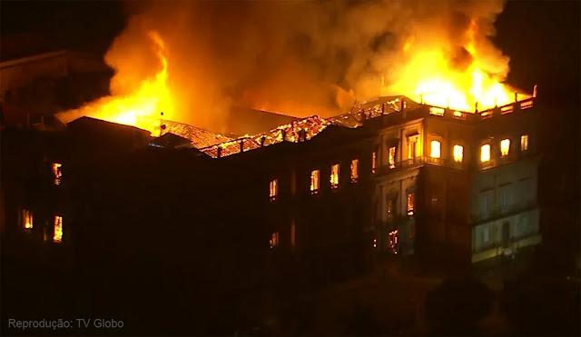 Incêndio no Museu Nacional do Rio de Janeiro