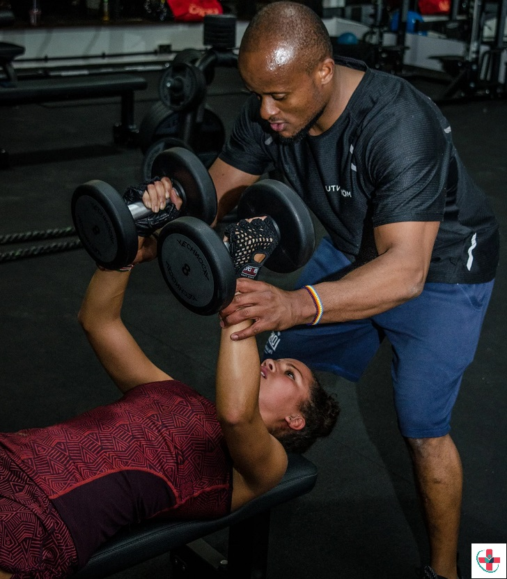 10 qualities to consider before hiring someone to guide you on your fitness journey.