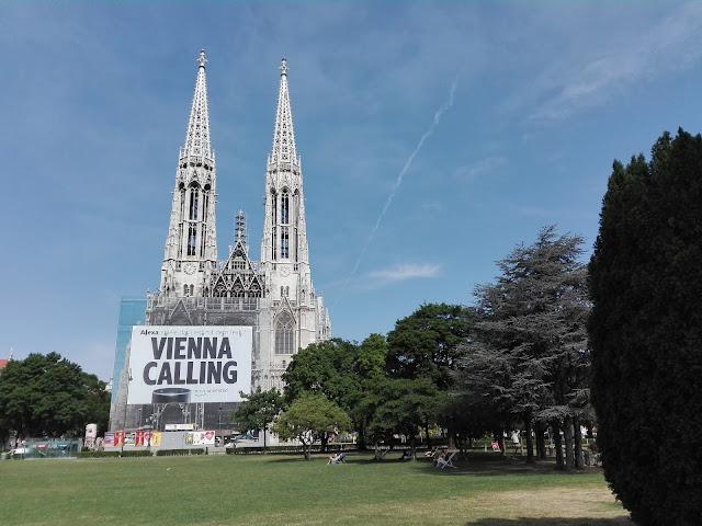 La Iglesia Votiva (Votivkirche) (Viena) (@mibaulviajero)