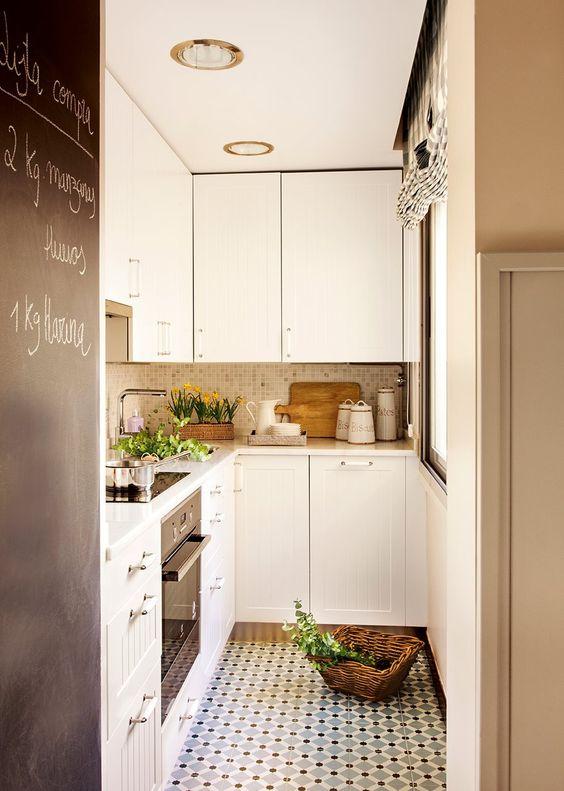 Sustituye el suelo de tu cocina por uno vinílico