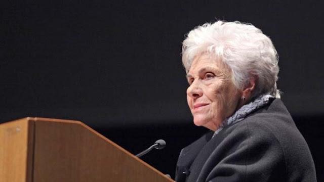 Πέθανε η μεγάλη Ελληνίδα ποιήτρια Κική Δημουλά