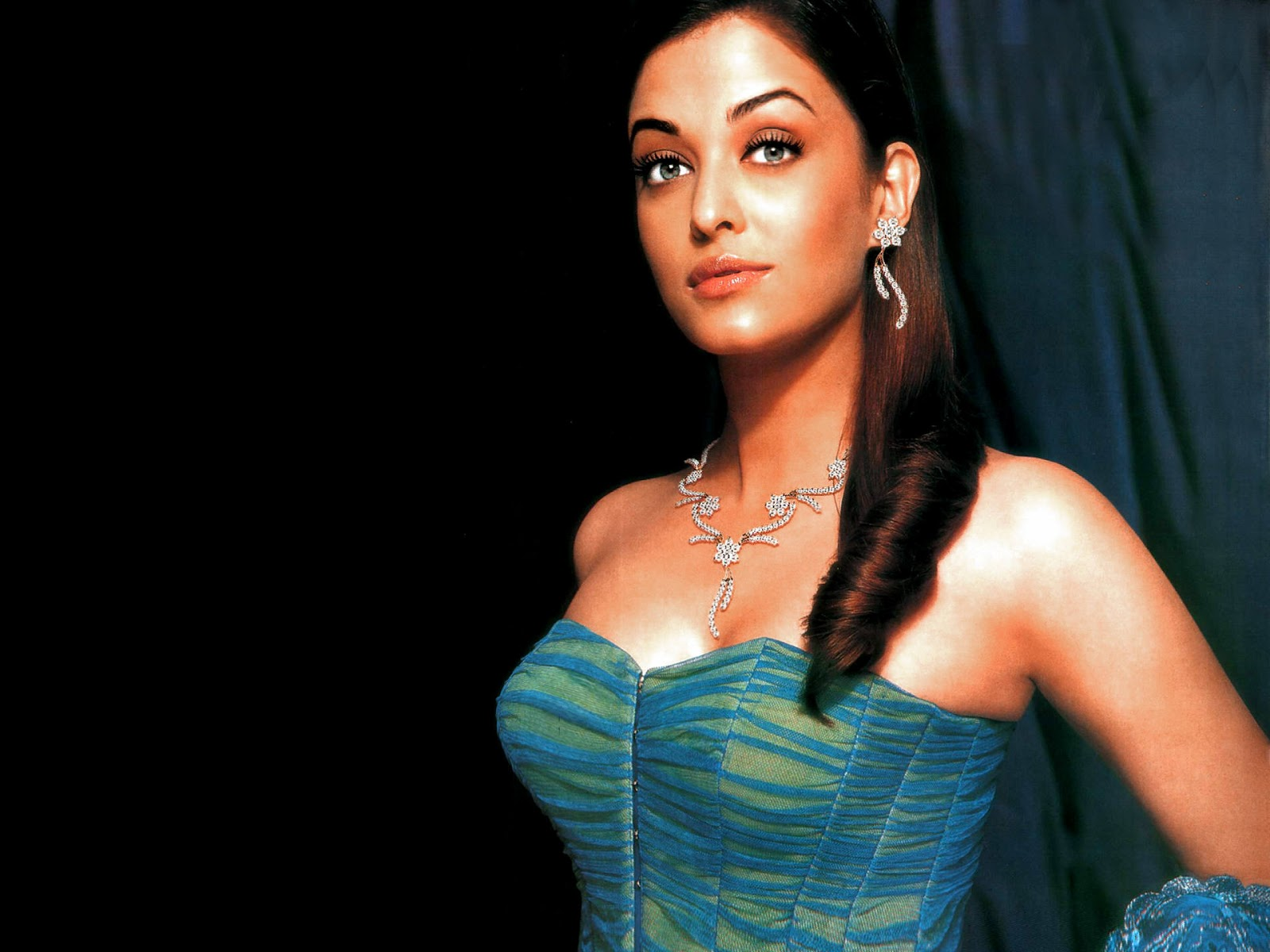 Aishwarya Rai High Resolution Pictures - High Resolution -8727
