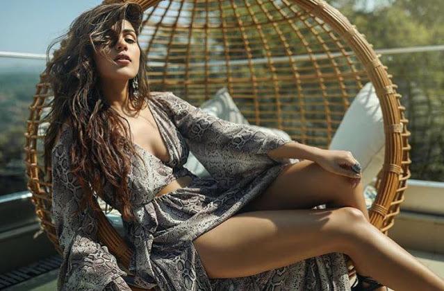 Bollywood Hottie Rhea Chakraborty Latest Photoshoot Pics actressbuzz.com
