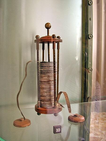 27 18th-Century World-Changing Inventions - The first modern Battery by Volta