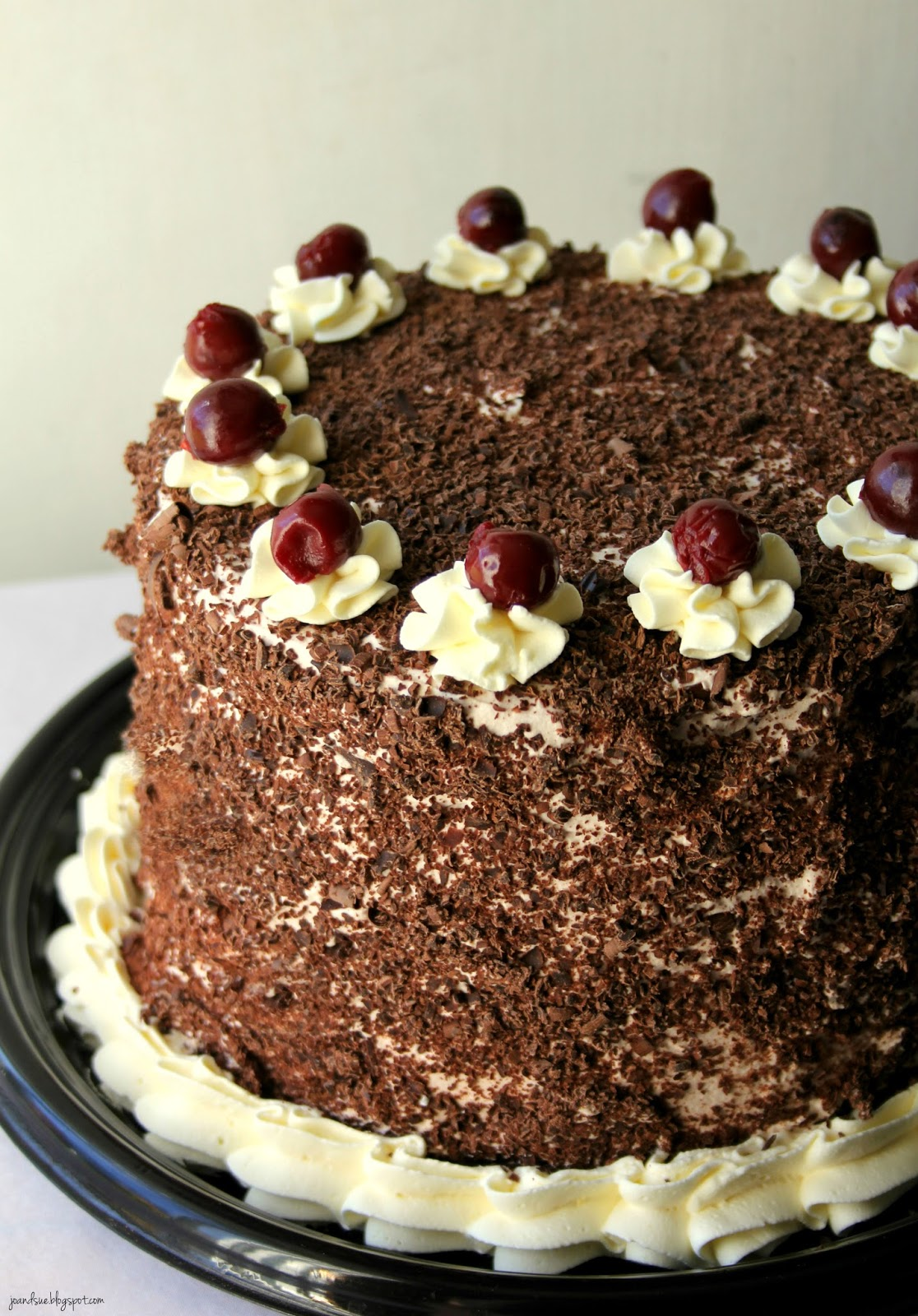 How To Make Chocolate Curls For Black Forest Cake