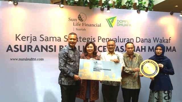 kerjasama strategis penyaluran dana wakaf asuransi brilliance hasanah maxima bersama dompet dhuafa nurul sufitri