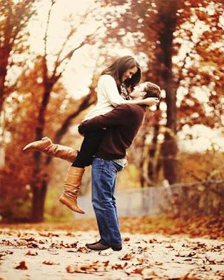 foto de pareja en otoño