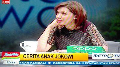 "Najwa Shihab Pakai Baju Bahan Kain Ulos Batak (Ragi Hotang) di Acara Mata Najwa ""Cerita Anak Jokowi"" MetroTV"