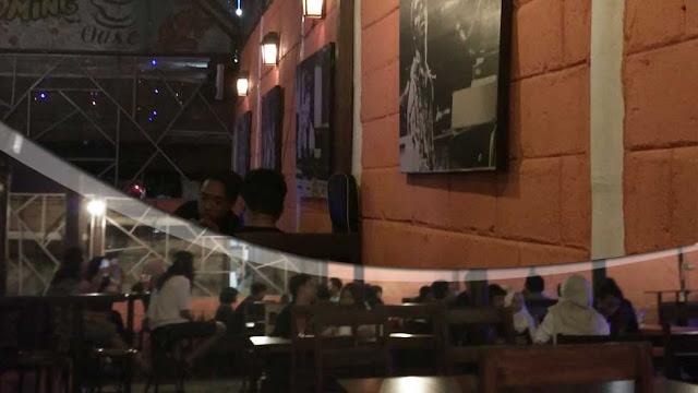 Tonk Cafe