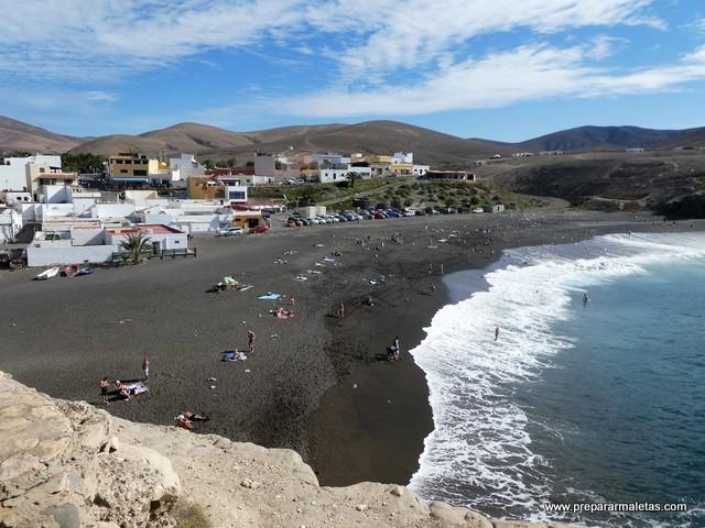 Ajui en Fuerteventura, ruta a las cuevas