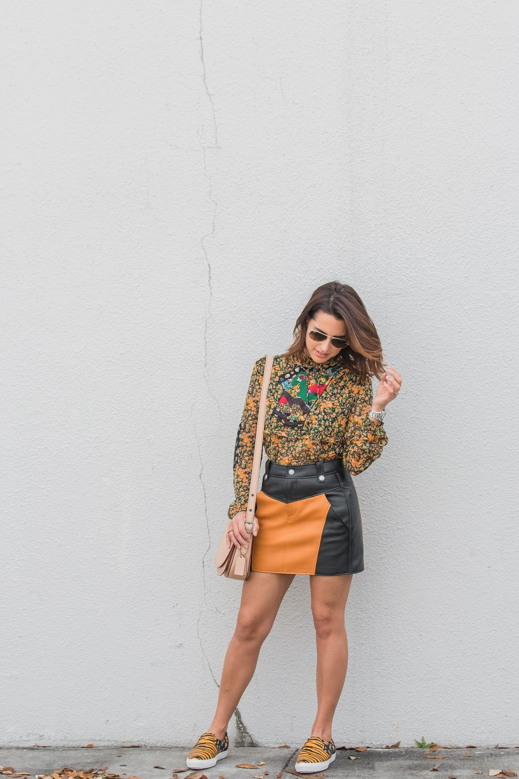 coach-1941-spring-floral-blouse-leather-skirt-fashion-blogger-kelly-saks