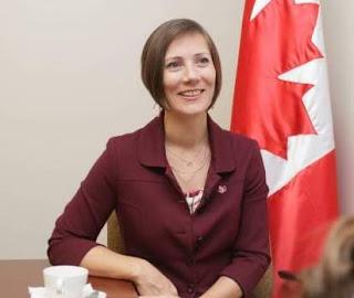 Embajadora Shauna Hemingway.