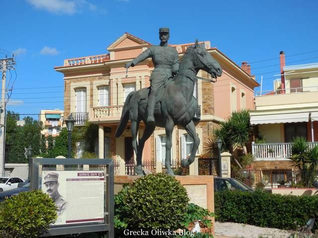 Pomnik wojskowego i polityka Nikolasa Plastirasa