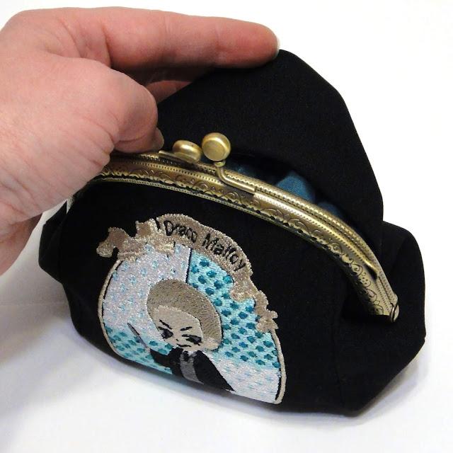 Драко Малфой сувенир для поклонника факультета Слизерин - вышитый кошелек косметичка, подарок ручной работы.