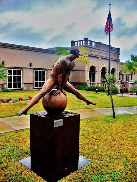 Art Of Brownsville Gabriel Trevino - Linear Park & Sculpture Collection Jorge