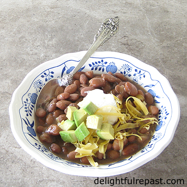 Instant Pot Pinto Beans - THE best way to cook dried beans / www.delightfulrepast.com