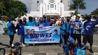 Berharap Bertemu AHY Warga Cirebon Bersepeda Menuju Jakarta