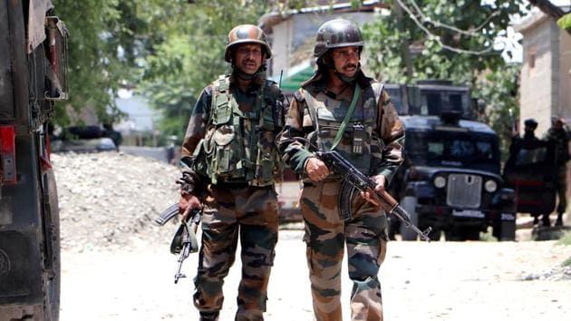 2 Jaish Terrorists Killed in Anantnag Encounter, One Woman Injured