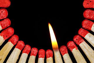 Wer brennt, kann auch andere anstecken