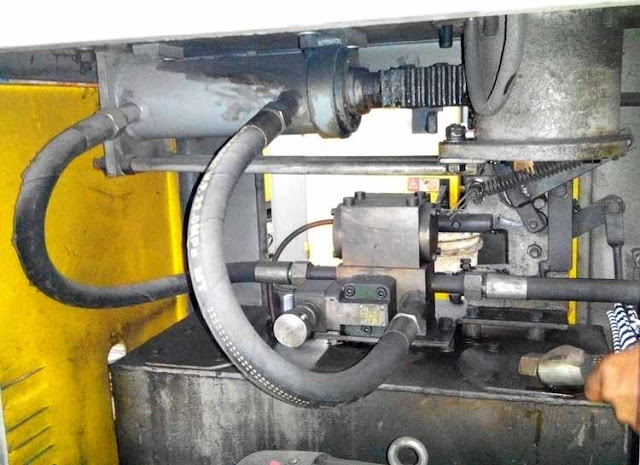 Hydraulic system overheating reasons