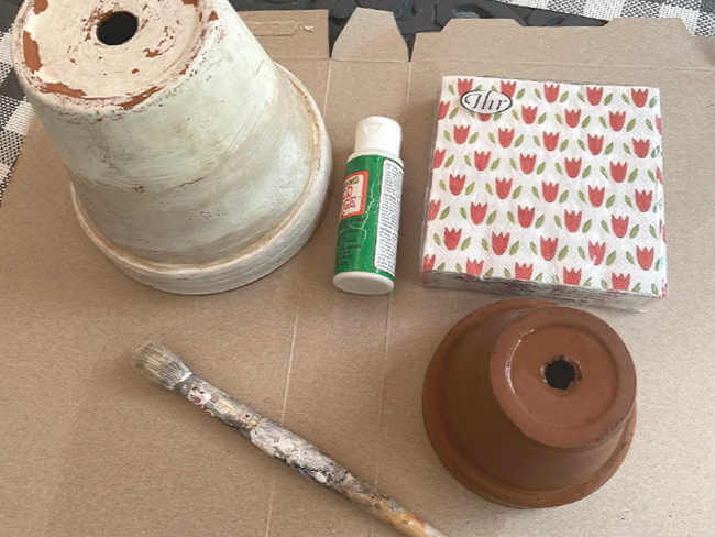 supplies to decoupage, flower pots, napkins, & Mod Podge