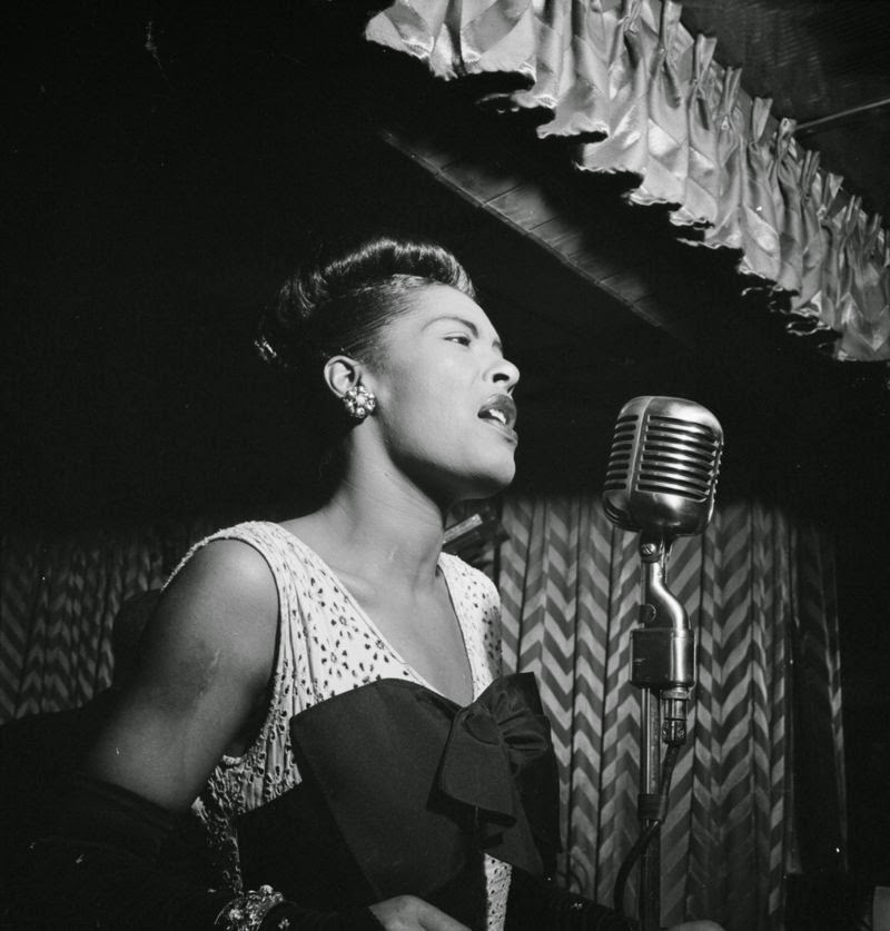 800px-Billie_Holiday%2C_Downbeat%2C_New_