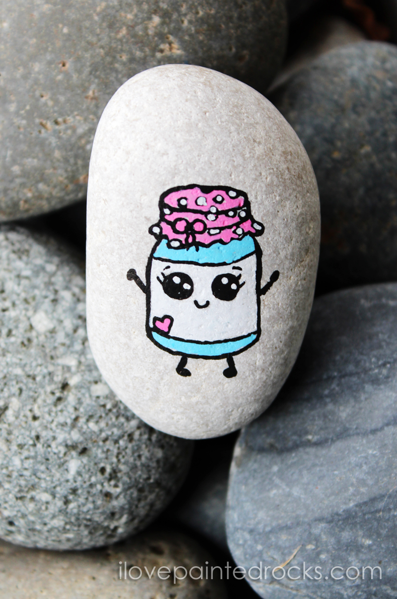 How to paint a cute mason jar on a rock i love painted rocks for Spray paint rocks for garden