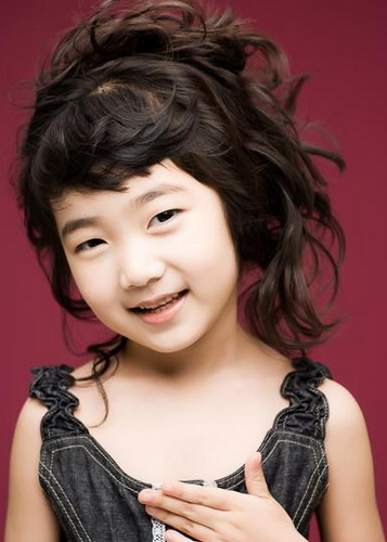 Ryoo hyeon kyeong - 3 8