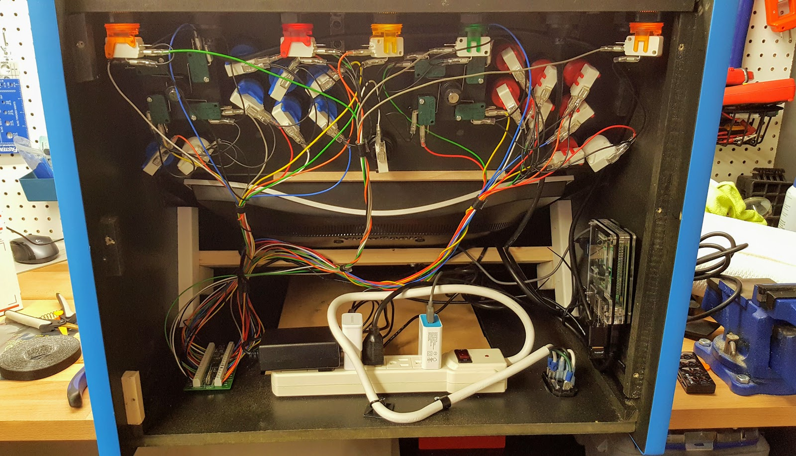Mr Armageddons Project Log Tabletop Arcade Wiring And Wrapping Up Ipac Diagram With All The Completed Cabinet 95 Put Together Had To Do A Bit Of Work On Control Configuration For New Usb Encoder
