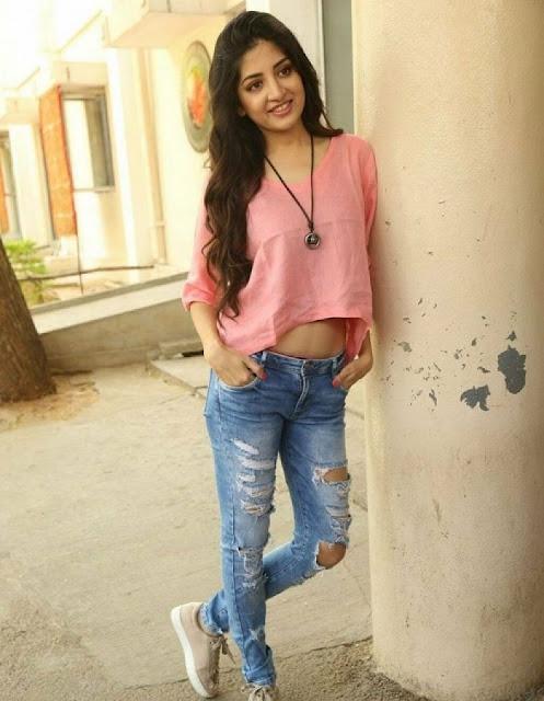 Actress Poonam Kaur Latest Cute Photos Navel Queens