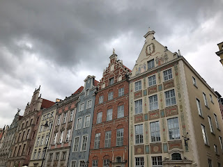 different coloured buildings in gdansk old town